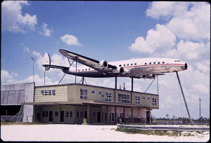 SUPER_CONSTELLATION_FUSELAGE_DISPLAYED_ABOVE_BUILDING_DEEP_IN_EVERGLADES_-_NARA_-_544610